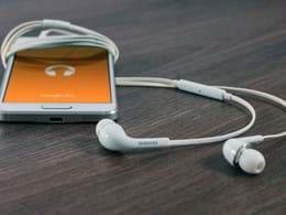 BDBR-musique-en-ligne-ecouteurs
